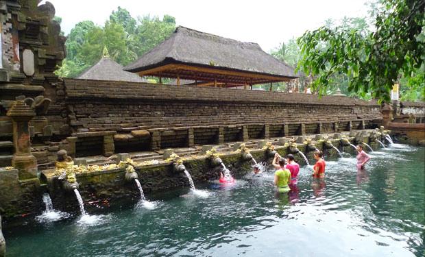 Tirta Empul Tampak Siring Bali Holy Spring Water Temple